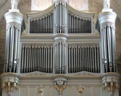 Eglise Notre-Dame-des-Pommiers - Français:   Au premier étage les 4 sommiers du G.O. et de la Pédale