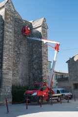 Eglise Saint-Saturnin - English:  Safety works.