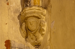 Eglise Saint-Saturnin - English:  Corbel on the chapel of the Blessed Virgin, on right.