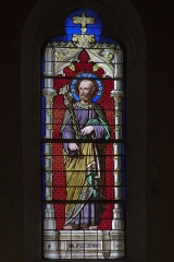 Eglise Saint-Saturnin - English:  Saint Joseph, stained glass window of the apse, signed by the glassmaker P. Martin from Avignon.