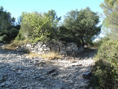 Oppidum -  The village of Nages is dominated by the two Gaulish oppidums of Roque de Viou, and of Nages on the Roque de Viou hill to the north.  Meeting of the paths by wall 2