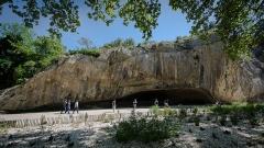 Abri préhistorique de la Salpétrière - Deutsch:   Die Grotte de la Salpêtrière am Pont du Gard bei Avignon.