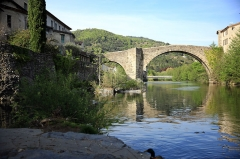 Vieux pont - English: The Old Bridge on the river Arre. Town Le Vigan