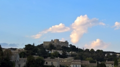 Château - Français:   Château de Lédenon (Sud)