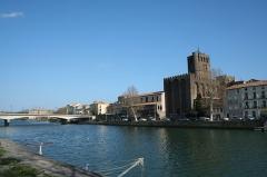 Ancienne cathédrale Saint-Etienne - Agde (Hérault) - cathédrale Saint-Étienne et le fleuve Hérault.