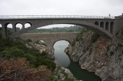 Pont sur l'Hérault, dit Pont du Diable (également sur commune de Saint-Jean-de-Fos) - English:  The Devil's Bridge, upstream the bridge of the road to Aniane.