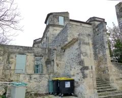 Ancien château -  Assas (Herault, France), Assas Castle; north side and service entrance.
