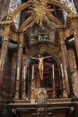 Ancienne abbaye Saint-Aphrodise - Français:   Intérieur de la Basilique Saint-Aphrodise de Béziers: Maître-autel.
