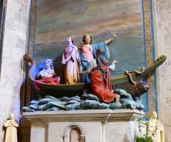 Chapelle des Pénitents Bleus - Français:   bateau de Saintes Maries de la Mer