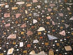 Parcelles contenant les vestiges d'une villa et de mosaïques gallo-romaines - Français:   Mosaïque du site de la villa gallo-romaine des Prés Bas à Loupian (Hérault).