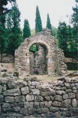 Ancienne chapelle Saint-Georges - Français:   Lunas (Hérault) - chapelle pré-romane Saint-Georges.