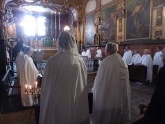 Eglise des Pénitents Blancs - Français:   Messe à l\'intérieur de la chapelle.