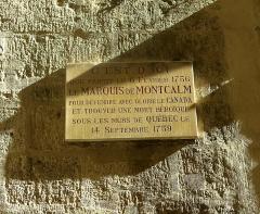 Hôtel de Montcalm -  Plaque to Marquis de Montcalm