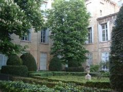 Hôtel des Trésoriers de la Bourse -  fr:Montpellier: cour de l\'hôtel d\'Heidelberg.