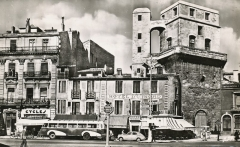 Ancien observatoire dit Tour de la Babotte - English: Photograph of the tower of the Babote in Montpellier in 1956.