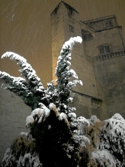 Ancien observatoire dit Tour de la Babotte - English: Babote Tower : Snow and lights.