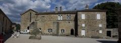 Ancien prieuré Saint-Michel de Grandmont - English:  Panorama of the façade. (service quarters backyard).