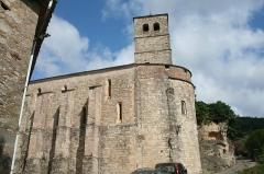 Eglise Notre-Dame de la Pitié de Boussagues - Français:   La Tour-sur-Orb (Hérault) - chevet de l\'église Notre-Dame-en-son-Assomption de Boussagues.
