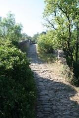 Pont du Diable - Français:   Villemagne-l\'Argentière (Hérault) - Pont du Diable.