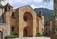 Eglise Saint-Pierre Saint-Paul - Français:   L'église d'Ispagnac (XIIe-XVe siècle) en Lozère (France).
