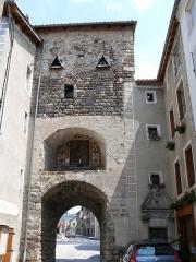 Porte de ville - Français:   Le Malzieu-Ville - Porte Haute
