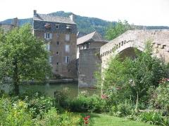 Pont Notre-Dame -   Mende, Lozère, France    Le Pont Notre-Dame sur le Lot.