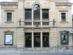 Ancien théâtre, actuellement cinéma le Trianon -  Matériel publicitaire du cinéma de Mende (France) Cinema's publicity in France