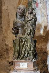 Eglise paroissiale Sainte-Enimie - Français:   Sainte Anne, la Vierge et l\'Enfant - groupe sculpté (XVe siècle) - Église paroissiale Notre-Dame-du-Gourg de Sainte-Enimie (Lozère, France)