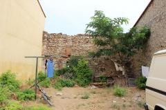 Hameau du Taxo d'Avall - Français:   Taxo d\'Avall - vestige de fortifications