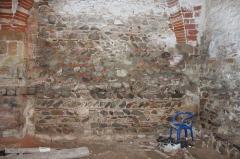 Hameau du Taxo d'Avall - Français:   Taxo d\'Avall - église - mur intérieur
