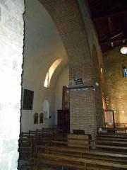 Eglise Saint-Cyr-et-Sainte-Julitte - Català: Col·lateral sud de l'església