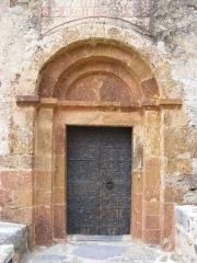 Eglise Notre-Dame - Català: Santa Maria del Mercadal, portada (Castellnou dels Aspres)