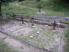 Ruines de l'ancienne église Saint-Martin - Français:   Ancien cimetière, ancienne église Saint Martin (12e siècle), Corsavy (Pyrénées-Orientales, Languedoc-Roussillon, France)