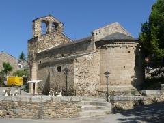 Eglise Saint-Julien - Français:   Eglise d\'Estavar, Pyrénées-Orientales, France