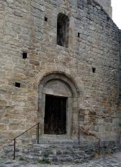 Eglise Saint-Félix - Français:   Façade et portail de l\'église Saint-Félix, Fillols, Pyrénées-Orientales, France.