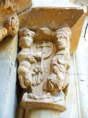 Prieuré Saint-Estève de Monastir-del-Camp - Deutsch: Kapitell am Portal der Klosterkirche Monastir del Camp