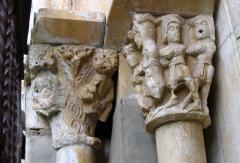 Prieuré Saint-Estève de Monastir-del-Camp - Català: Monestir del Camp. Portada de l'església. Paçà, Pirineus Orientals, França