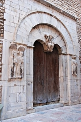 Eglise du Vieux-Saint-Jean - English: Portal from cathedral in Perpignan, France