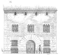 Ancien palais de justice -  ... On voit dans la Bourgogne, dans le Lyonnais, dans le Limousin, dans le Périgord, dans l'Auvergne et le Languedoc, des  maisons des XIVe et XVe siècles qui ne diffèrent de celles du XIIe et du XIIIe que par leur style d'architecture. Ni la structure, ni la disposition de ces habitations ne se modifient d'une manière sensible. Dans des  provinces plus méridionales encore et qui, au XIVe siècle, n'étaient pas françaises, on voit élever, à cette époque, des habitations dont le style conservait absolument le caractère roman. Telles sont, par exemple, quelques maisons de la ville de Perpignan; l'une de ces maisons, qui depuis avait été affectée aux service du palais de justice, présente une façade d'un goût presque antique, malgré les détails empruntés au style  aragonais de cette époque (24) ...