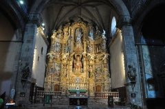 Eglise Saint-Pierre -  Prada. Parish Church. Altarpiece dedicated to St. Peter. 1697-1699. Josep Sunyer, sculptor en.wikipedia.org/wiki/Prades,_Pyr%C3%A9n%C3%A9es-Orientales