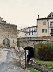Remparts - Català: cataluña norte