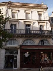 Chocolaterie - Français:   Chocolaterie Duceau, 18 place de l\'Hôtel de ville à Angoulême en Charente (France) (inscrit, 1987)