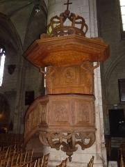 Eglise Saint-André - Français:   chaire en bois 17è, église Saint-André, Angoulême, France