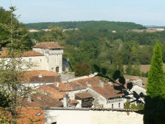Château - Français:   Aubeterre-sur-Dronne (16), France