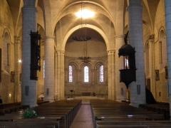 Eglise Saint-Mathias - Français:   Intérieur de l\'église Saint-Mathias de Barbezieux