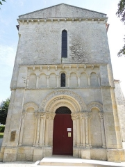 Eglise Saint-Pardoux - English: Barret, Église Saint-Pardoux, west facade