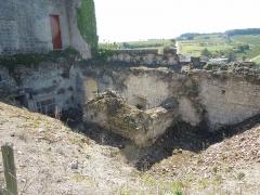 Château - Deutsch: Château de Bouteville, Reste des Südwestflügels