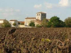 Eglise Saint-Symphorien - English: church of Bunzac, Charente, SW France