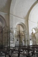 Eglise Saint-Nicolas - Deutsch: Ehemalige Abteikirche Saint-Nicolas in Cellefrouin im Département Charente (Nouvelle-Aquitaine/Frankreich), Innenraum
