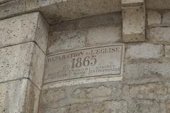 Eglise Saint-Nicolas - Deutsch: Ehemalige Abteikirche Saint-Nicolas in Cellefrouin im Département Charente (Nouvelle-Aquitaine/Frankreich), Gedenktafel